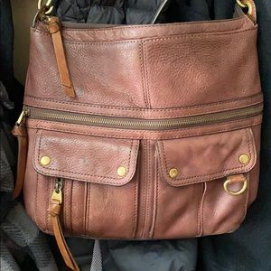 🍁🍂🍁 GORGEOUS LARGE FOSSIL CROSSBODY 🍁🍂🍁